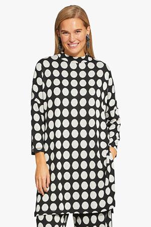 masai-blouse-zwart-wit